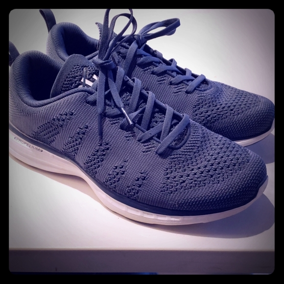lululemon athletica Other - Lululemon Mens Techloom Pro Shoes